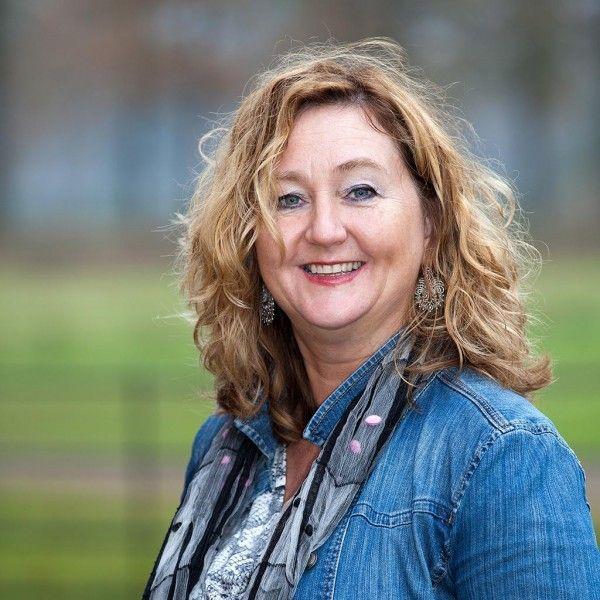 Anneke van Looij